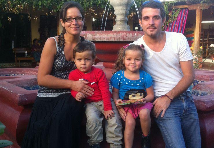 La famille Jaujou  version latina, photo prise lors de nos retrouvailles à La Antigua Guatemala, septembre 2013.